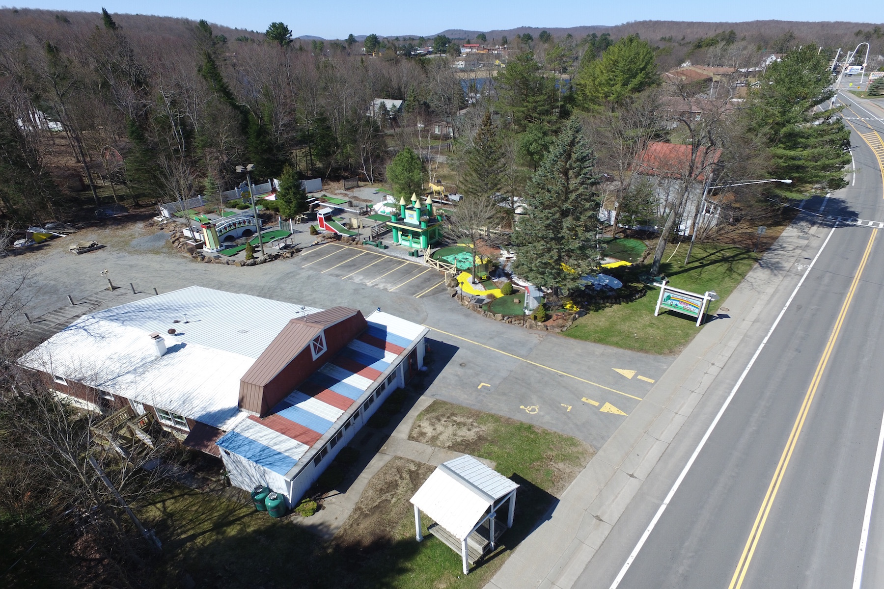 Additional photo for property listing at Mixed-Use Property in Adirondack Park 3230  Nys Route 28 Old Forge, Nueva York 13420 Estados Unidos