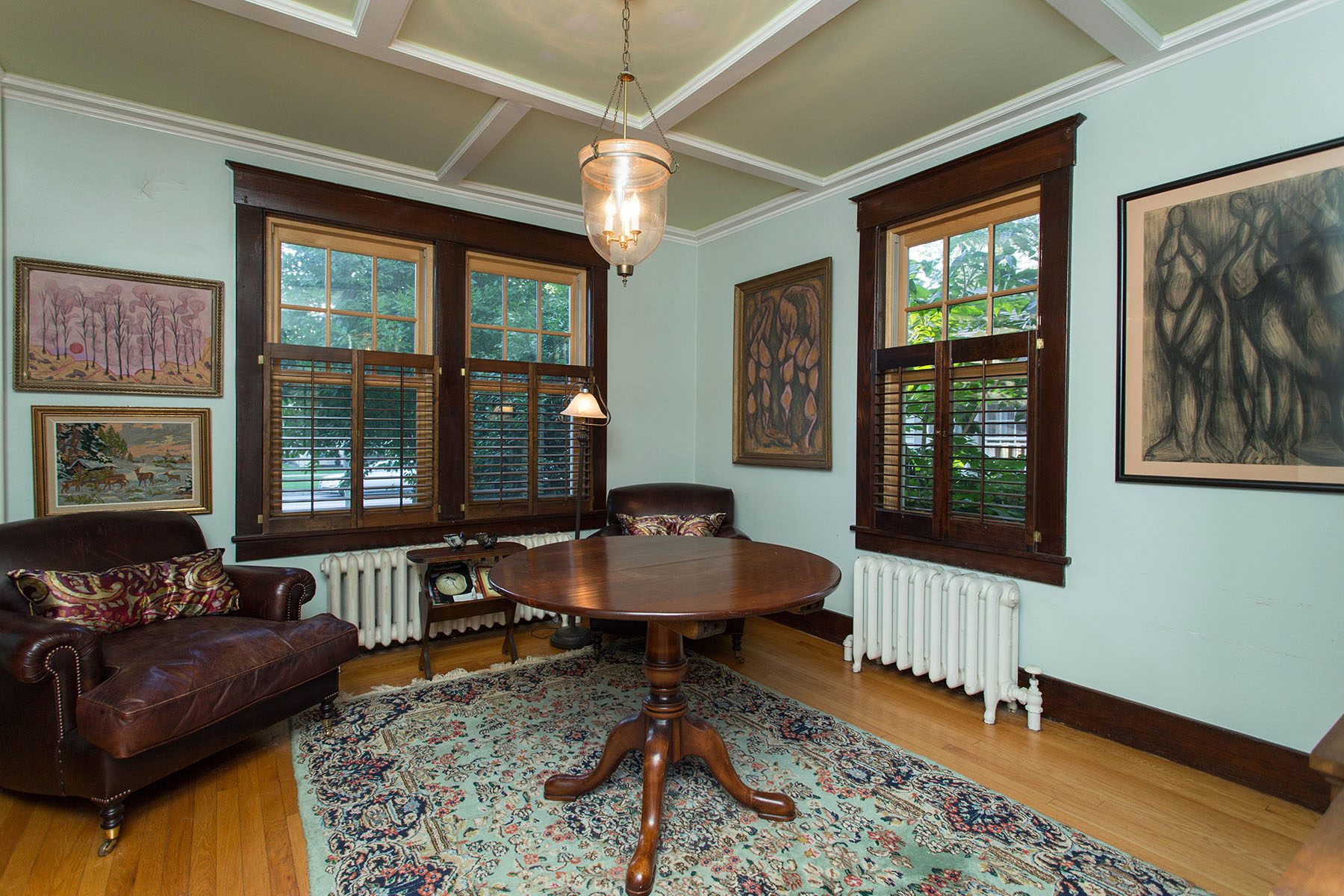Additional photo for property listing at East Side Saratoga Springs Home 200  East Av Saratoga Springs, Nueva York 12866 Estados Unidos