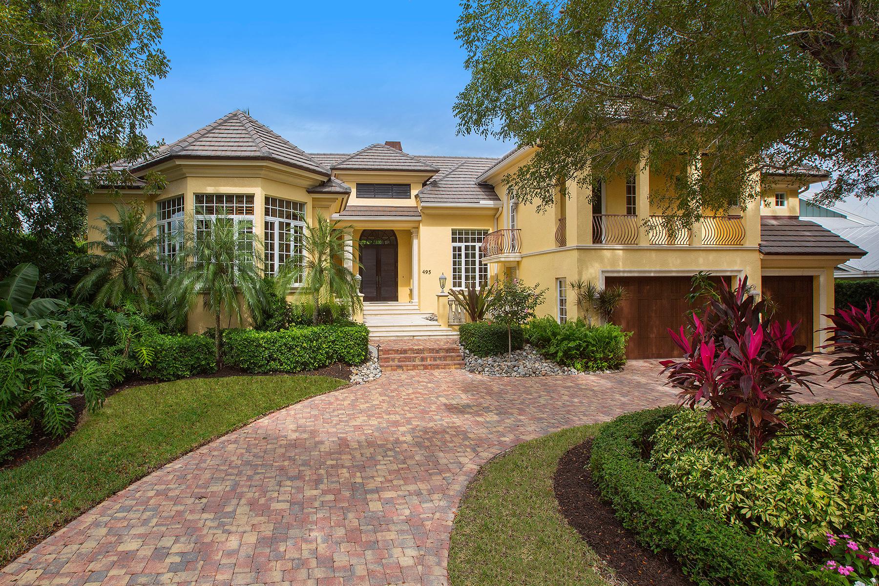 Nhà ở một gia đình vì Bán tại AQUALANE SHORES - AQUALANE SHORES 495 18th Ave S Aqualane Shores, Naples, Florida, 34102 Hoa Kỳ