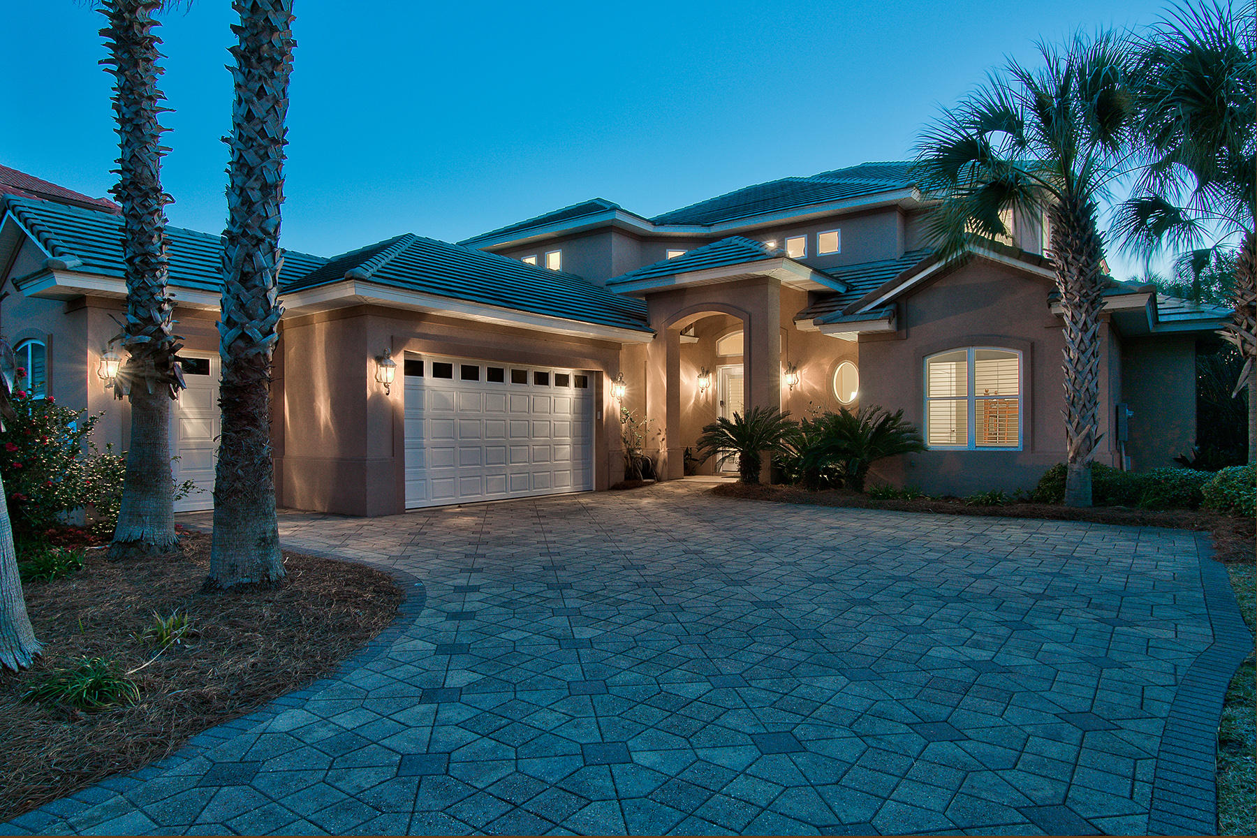 Single Family Home for Sale at ELEGANT LAKE FRONT RESIDENCE IN GATED COMMUNITY 68 Tranquility Lane Destin, Florida, 32541 United States