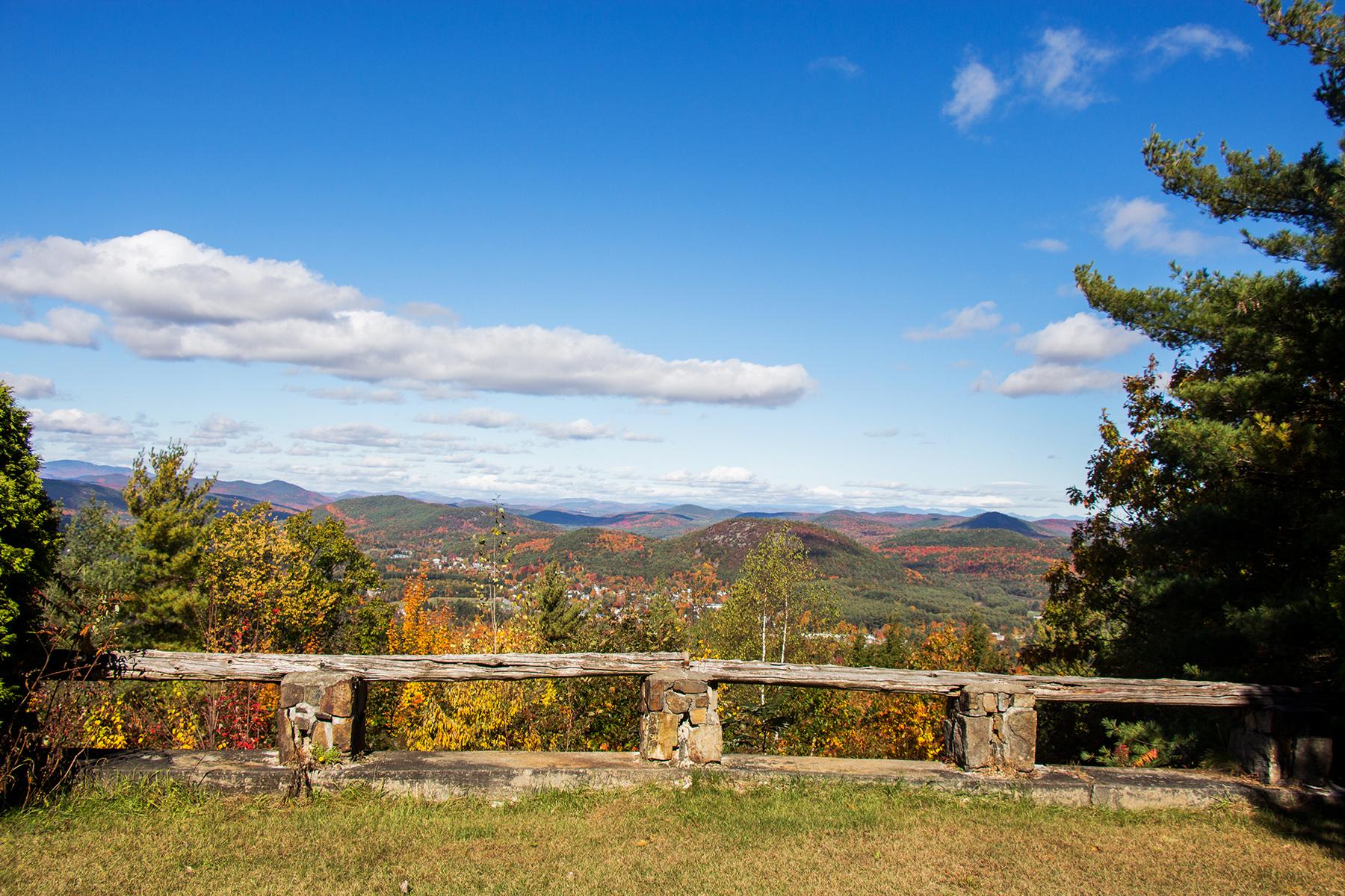 Autre bien résidentiel pour l Vente à Unparalleled Adirondack Views 80 Whalen Dr Warrensburg, New York 12885 États-Unis