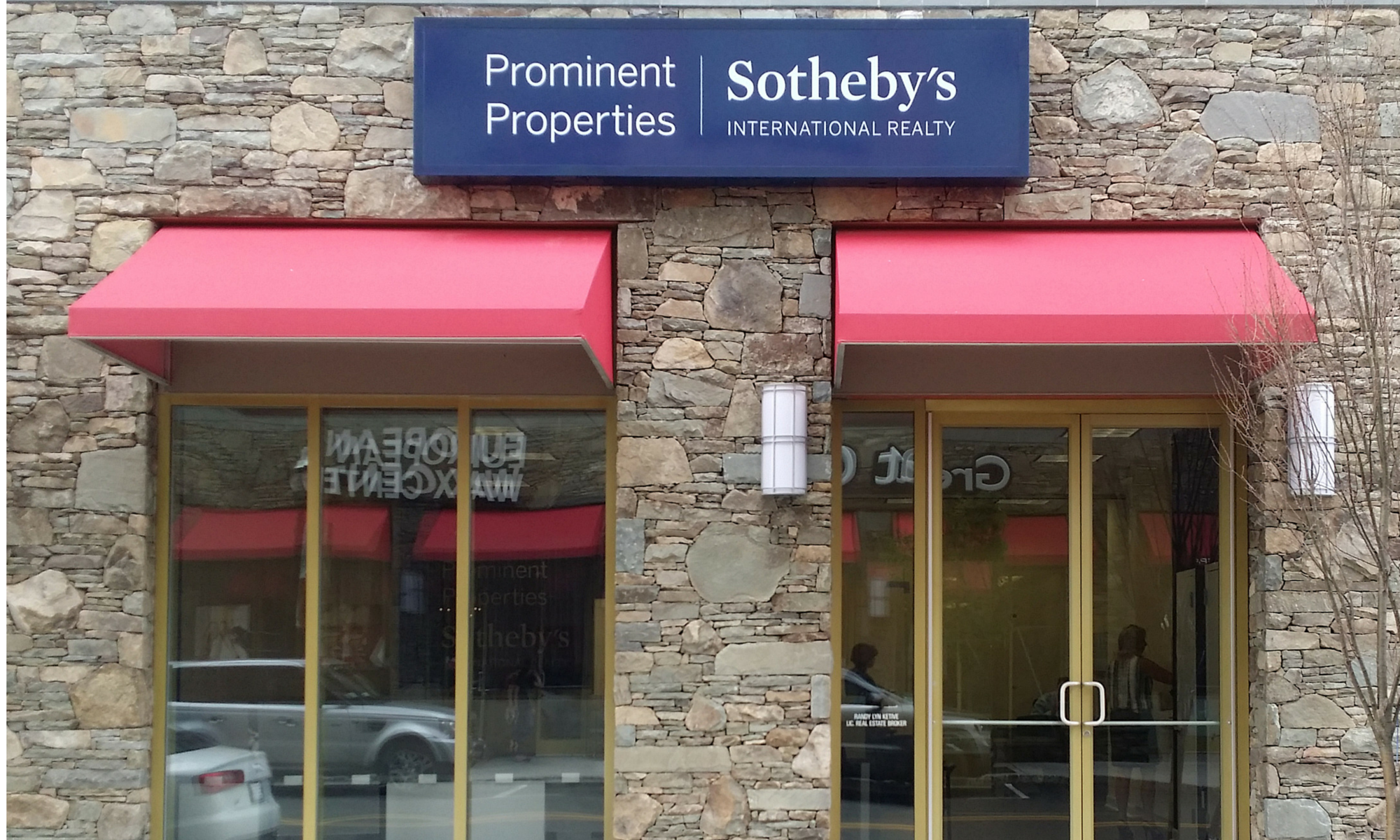 Office Prominent Properties Sotheby's International Realty Photo