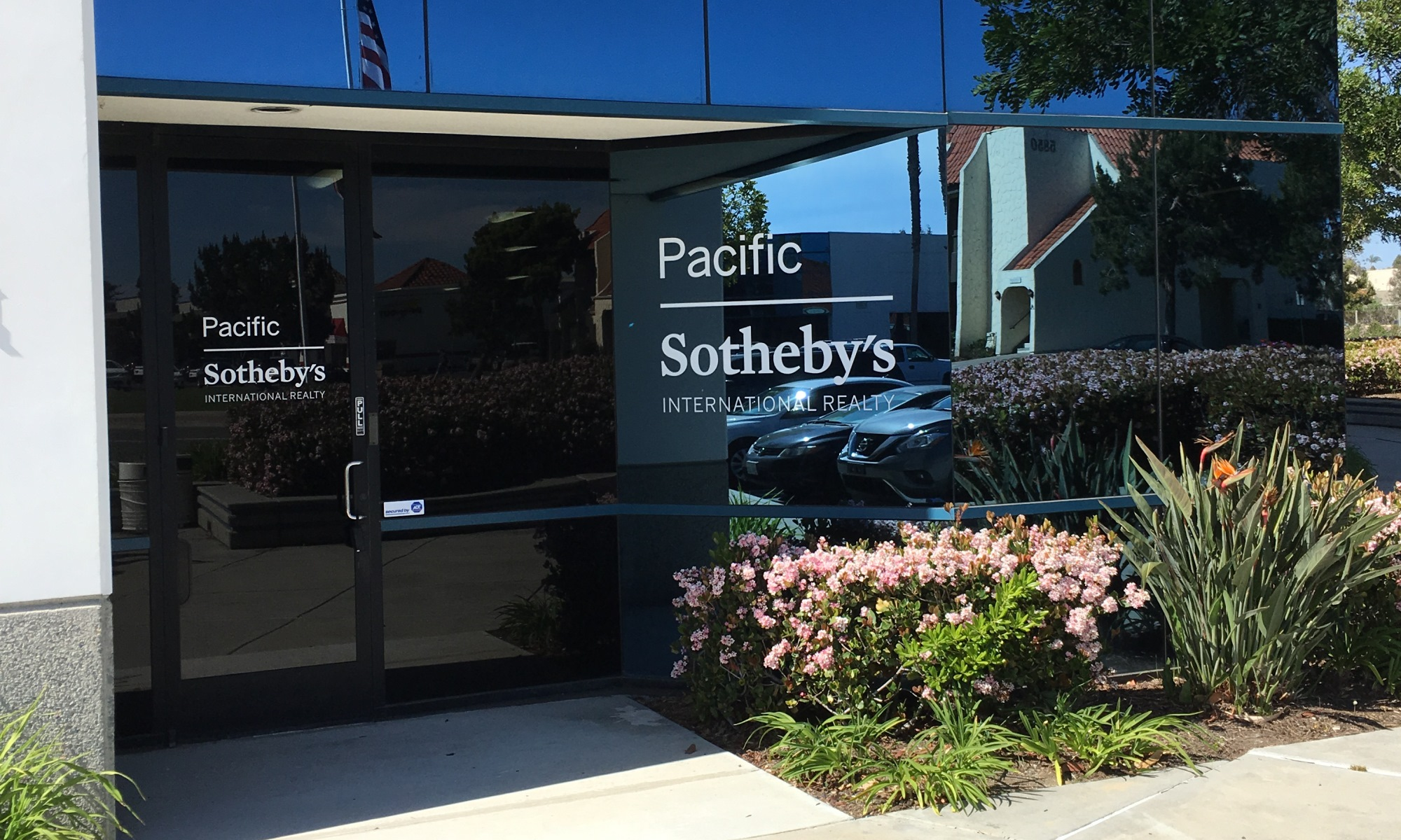 Office Pacific Sotheby's International Realty Photo