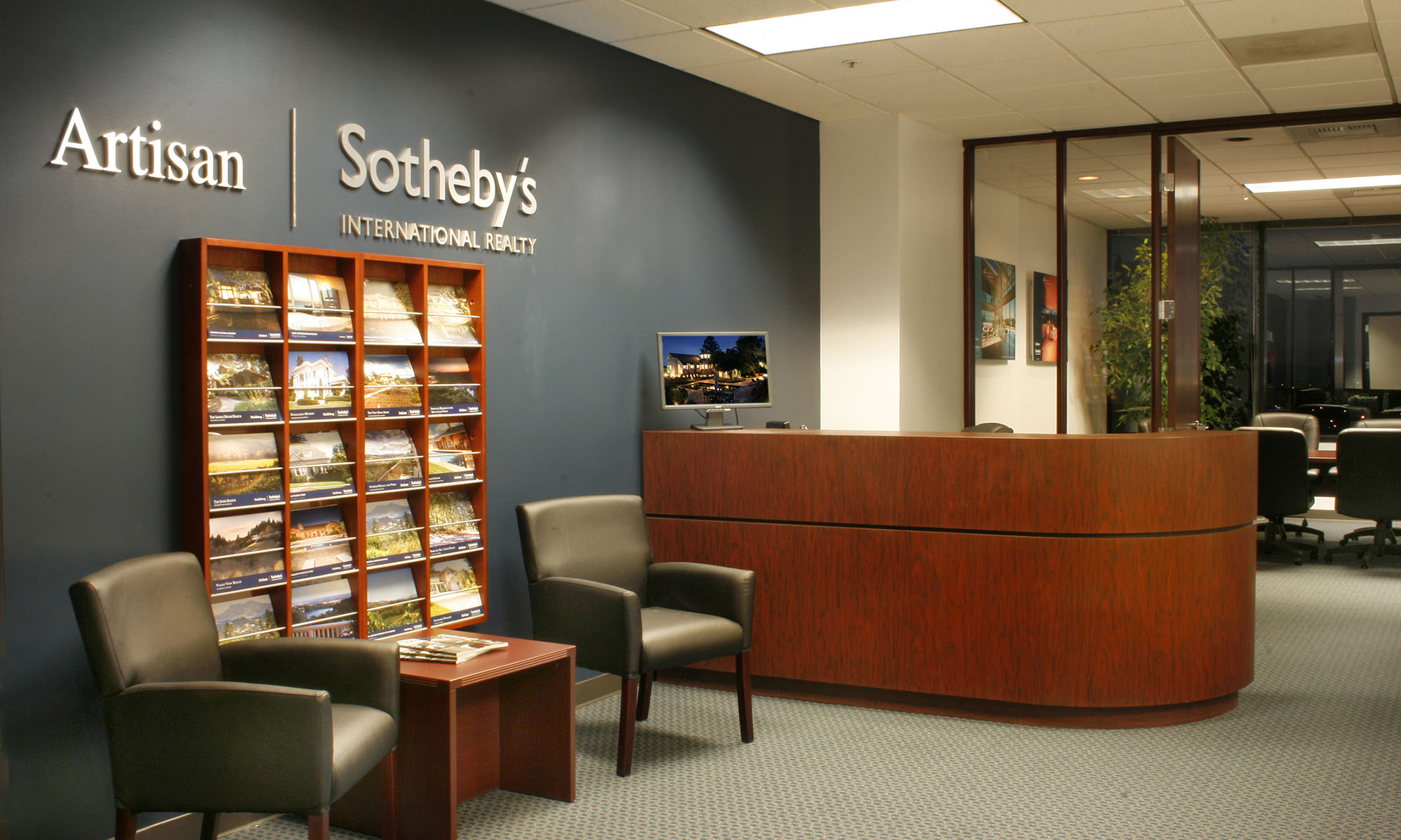 Office Artisan Sotheby's International Realty Photo
