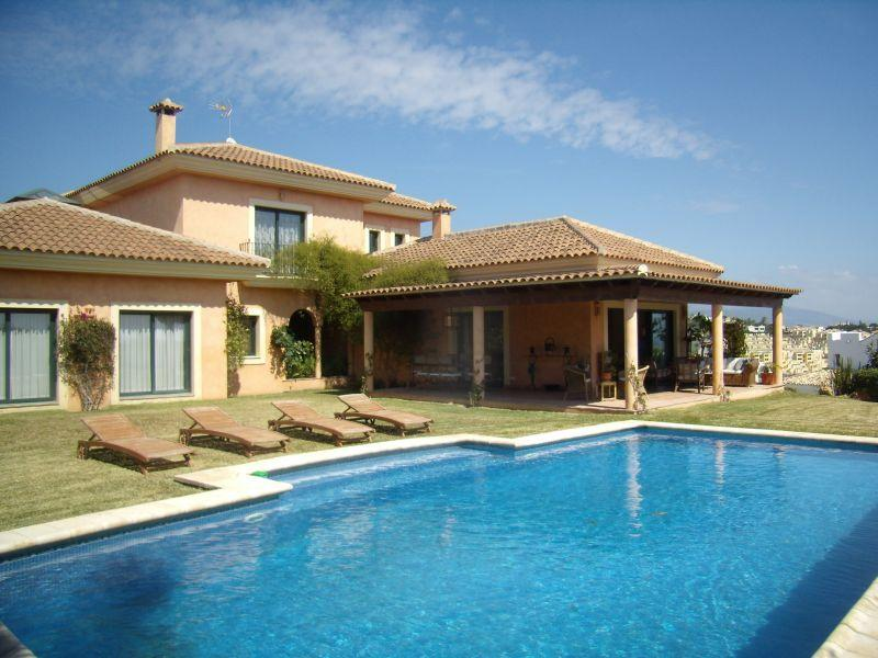 Single Family Home for Sale at Lovely villa surrounded by 2 golf-courses Estepona, Costa Del Sol 29680 Spain
