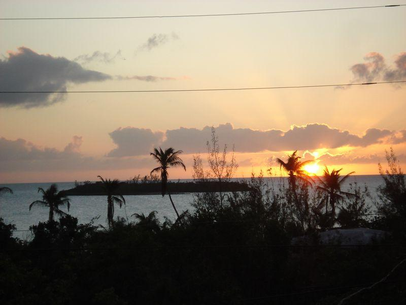 Single Family Home for Sale at Sunset House Palmetto Point, Eleuthera . Bahamas