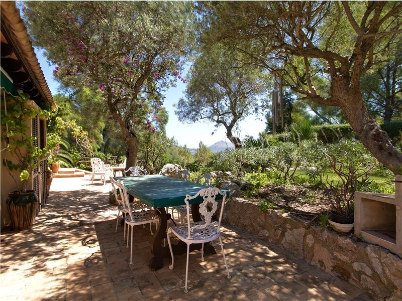 Property Of Substantial Villa With Breathtaking coastal views