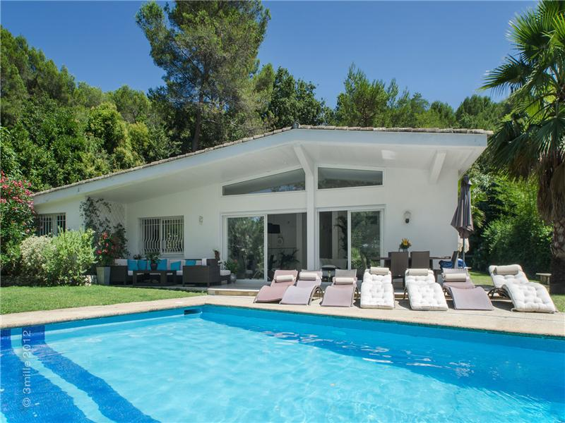 Maison unifamiliale pour l Vente à Private Estate - Beautiful Contemporary villa Mougins, Provence-Alpes-Cote D'Azur 06250 France