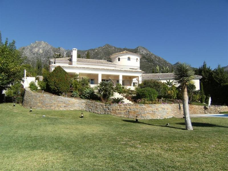 Casa Unifamiliar por un Venta en Stunning villa with breathtaking views to the Sea Marbella, Costa Del Sol, 29600 España