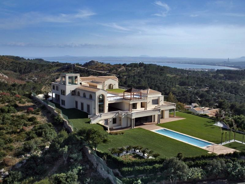 Property Of Most Luxurious Property in Port Alcudia