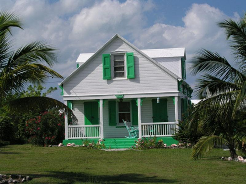 Single Family Home for Sale at Ship Wrecked Cottage - Historic Cottage in Spanish Spanish Wells, Eleuthera Bahamas