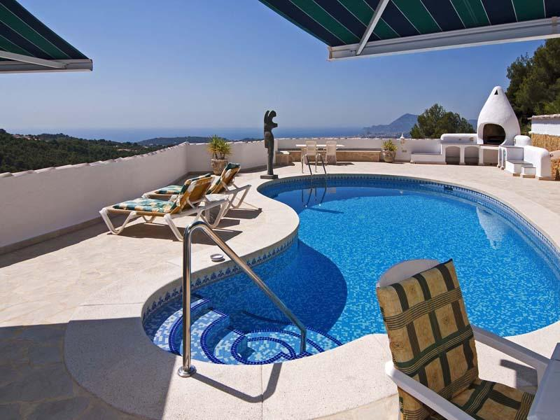 다가구 주택 용 매매 에 Beautiful views over the bay of Altea Altea, Alicante Costa Blanca 03590 스페인