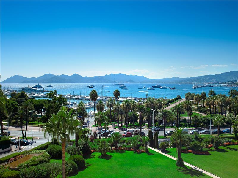 公寓 为 销售 在 4/5 roomed apartment with panoramic views Cannes, 普罗旺斯阿尔卑斯蓝色海岸 06400 法国