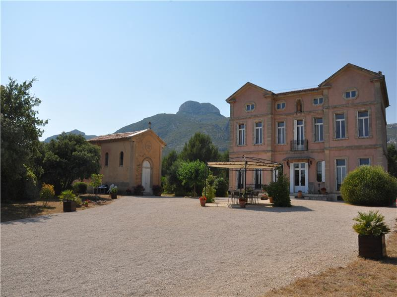 Property Of Mansion in Pagnol Country