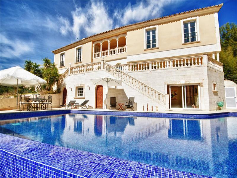 Casa multifamiliare per Vendita alle ore Luxury VIila With Panoramic Views in Son Vida Palma Son Vida, Maiorca, 07013 Spagna