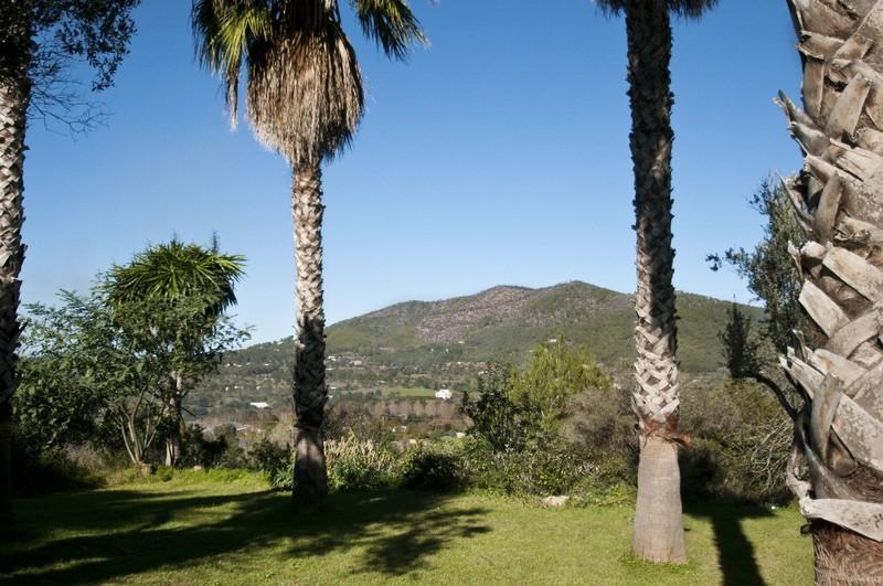 Property Of Propriété avec vues panoramiques sur la campagne