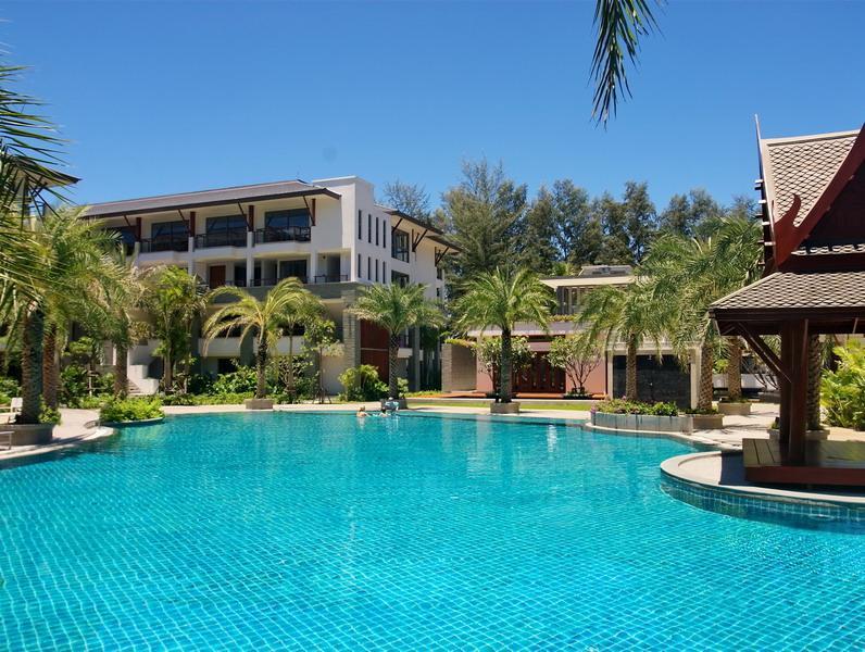 Appartement pour l Vente à Naithon Beachfront 3 Bed Penthouse Nai Thon Nai Thon, Phuket, 83110 Thaïlande