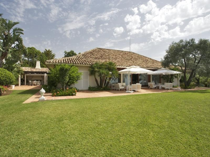 獨棟家庭住宅 為 出售 在 Magnificent property in La Zagaleta Country Club Benahavis, Costa Del Sol 29679 西班牙