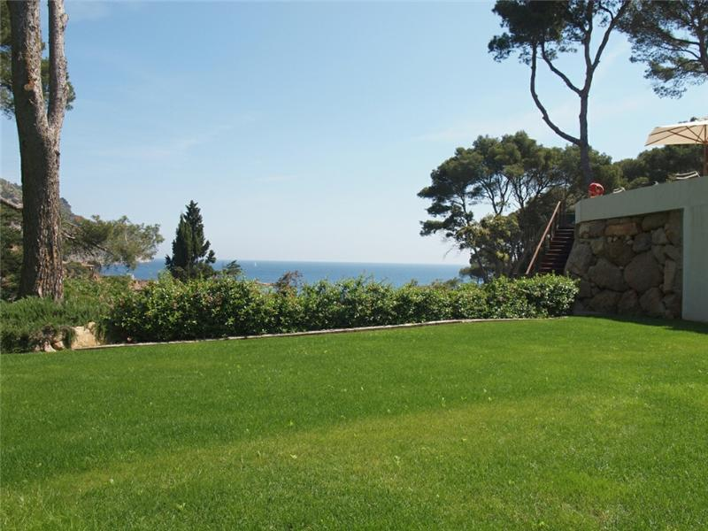 Property Of Modern sea front villa for sale in Aiguablava