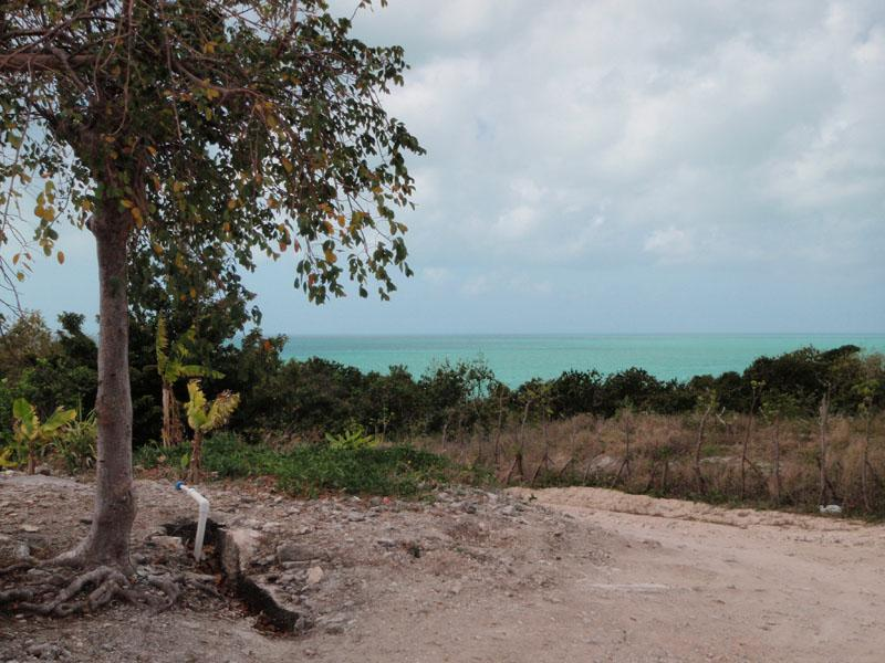 Additional photo for property listing at Hilltop Lots, Russell Island Hilltop Russell Island, Bahamas Spanish Wells, Eleuthera . Bahamas