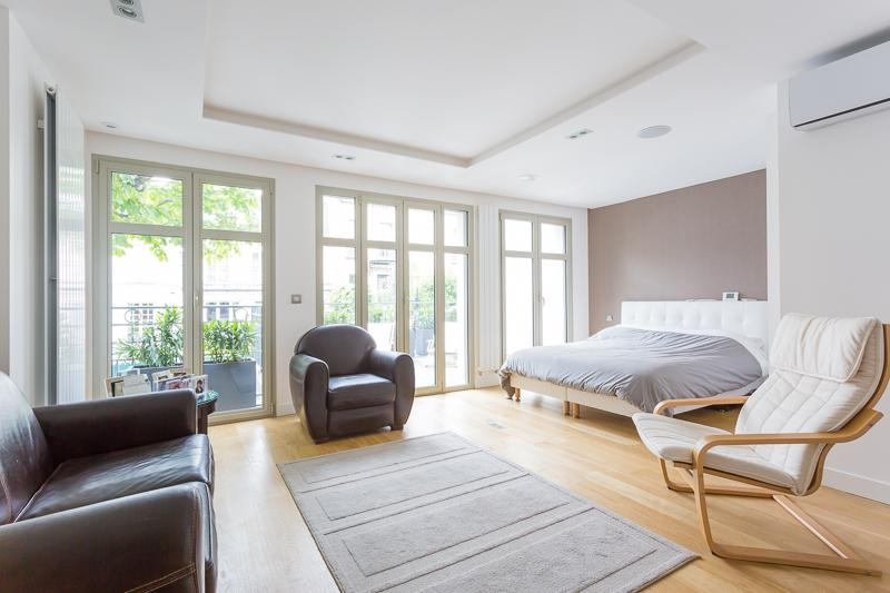 Property Of Modern House- Sablons