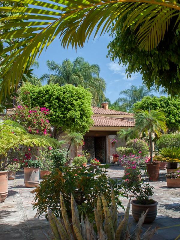 Additional photo for property listing at Residencia Las Fuentes  Guadalajara, Jalisco 45019 Mexico
