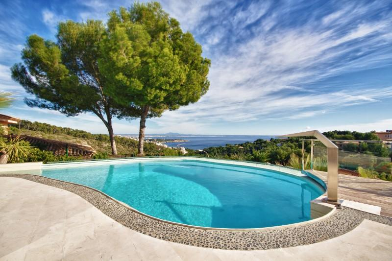 Casa Unifamiliar por un Venta en Modern Villa With Sea Views In Golf Bendinat Calvia, Mallorca 07181 España
