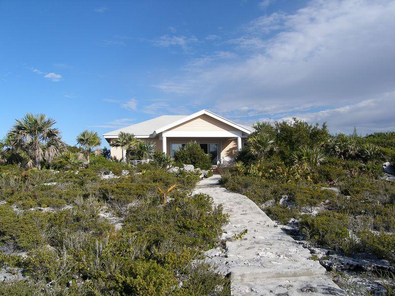Single Family Home for Sale at Beautiful elevated home with sea views Current Current, Eleuthera 0 Bahamas