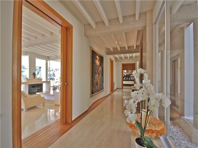 Property Of Outstanding south facing villa in Son Vida