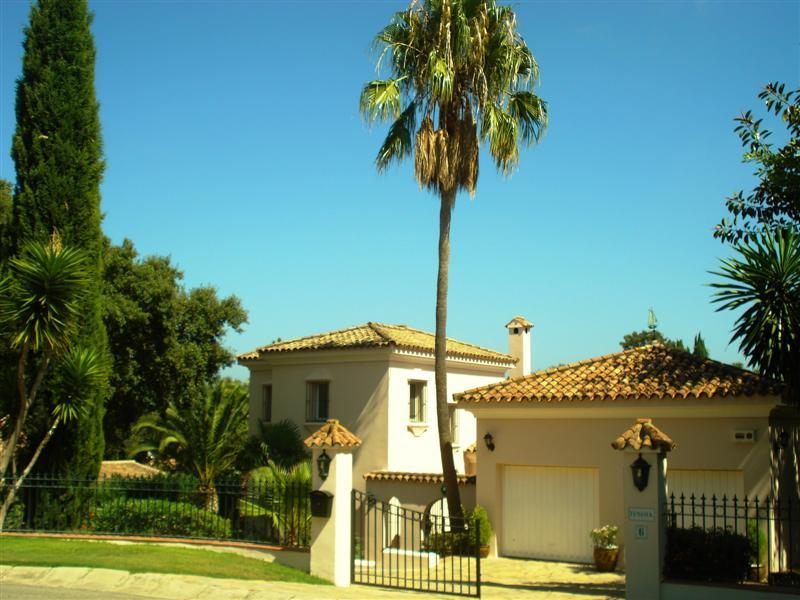 Single Family Home for Sale at Beautiful southeast facing villa located in a quie Sotogrande, Costa Del Sol, 11310 Spain