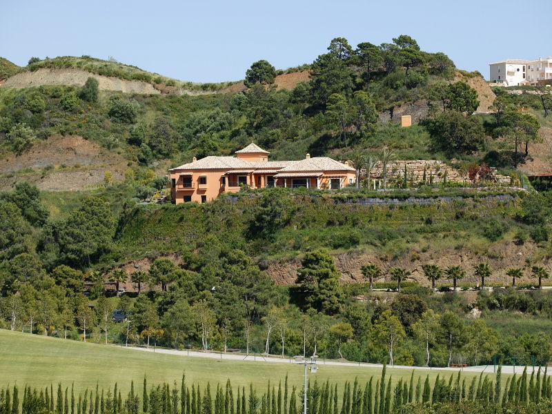 Single Family Home for Sale at A Prestigious Villa With Uninterrupted Colf Course Estepona, Costa Del Sol 29680 Spain