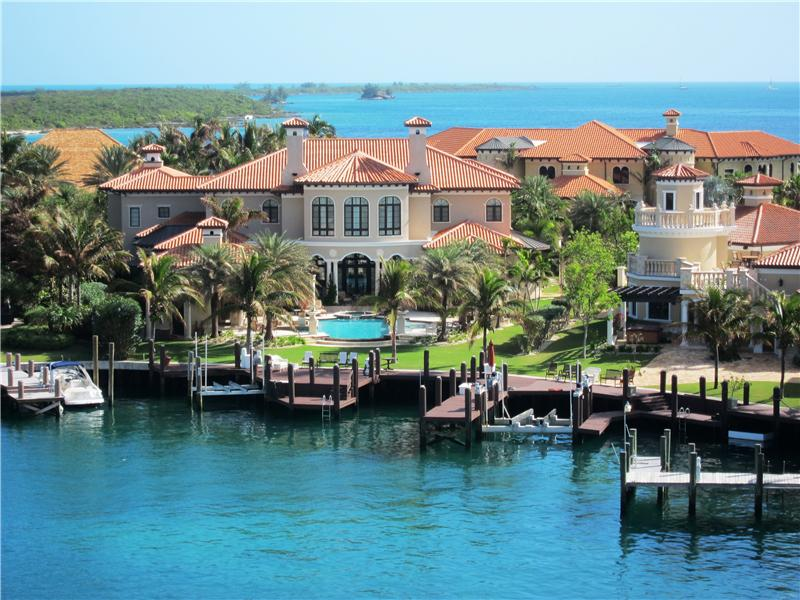 Single Family Home for Sale at Villa Florentine, Ocean Club Estates Paradise Island, Nassau And Paradise Island . Bahamas