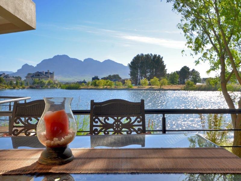 Căn hộ vì Bán tại 3 Bedroom Apartment on the acclaimed Pearl Valley Land Cove 5E Pearl Valley Golf & Country Estate Paarl, Western Cape 7646 Nam Mỹ