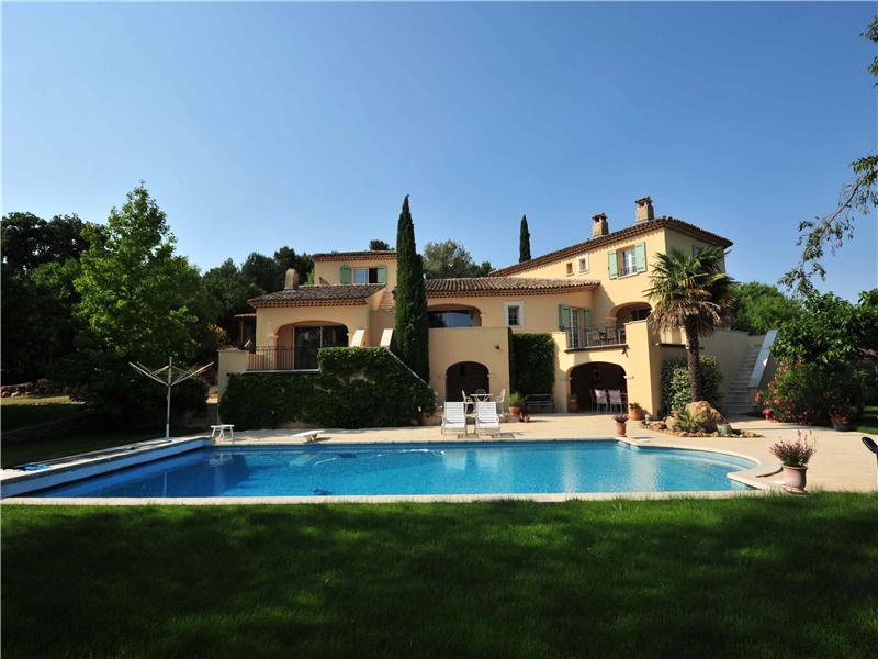 Nhà ở một gia đình vì Bán tại Prés du Golf Aix-En-Provence, Provence-Alpes-Cote D'Azur 13710 Pháp