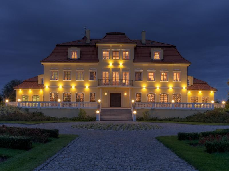 Property For Sale at Modern mansion in neighbourhood of Prague