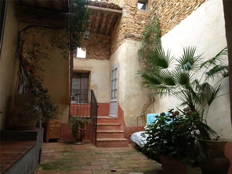 Property Of UZES MAISON DE CHARME RESTAURE AVEC AUTHENTICITE
