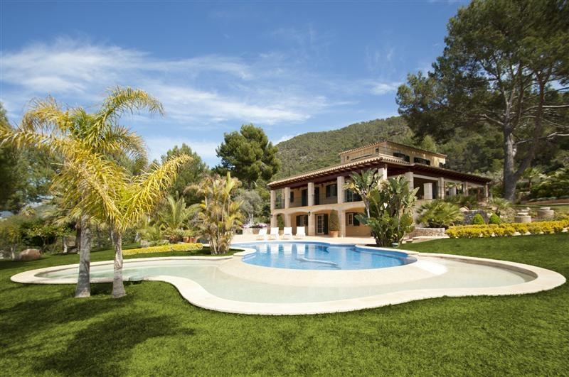 独户住宅 为 销售 在 Luxury Property with superb views of Port Andratx Port Andratx, 马洛卡 07157 西班牙