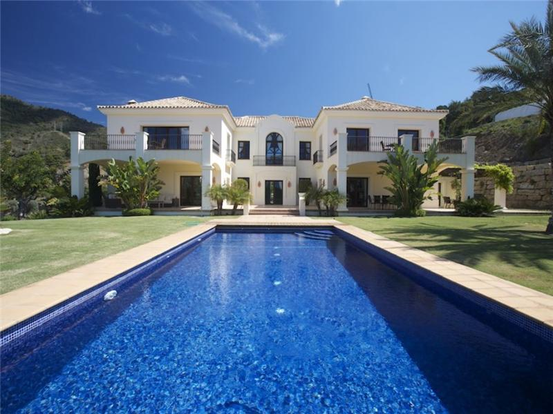 Casa Unifamiliar por un Venta en Spectacular villa in the most exclusive location Benahavis, Costa Del Sol 29679 España