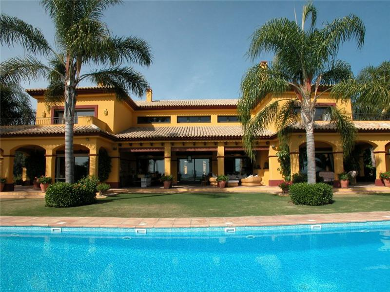 Casa Unifamiliar por un Venta en Outstanding residence with breathtaking seaviews Benahavis, Costa Del Sol, 011033P España