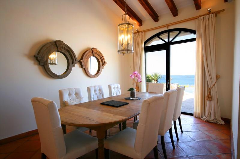 Property Of Villa en front de mer, à Santa Ponsa