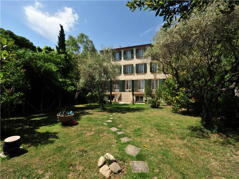 Property For Sale at AIX - City Mansion