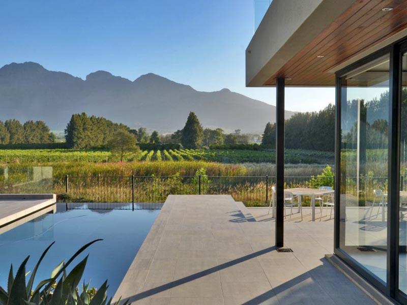 Property Of Elegant modern home on Pearl Valley Golf Estate