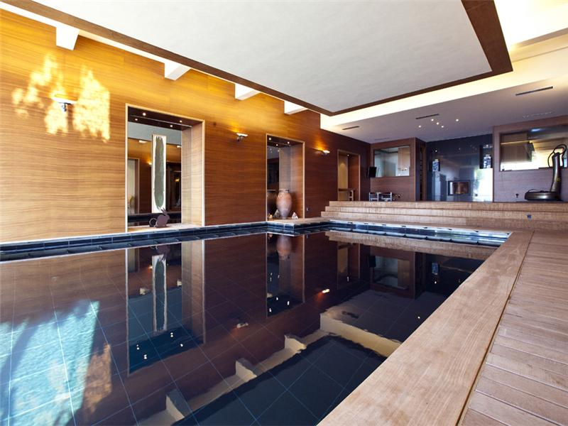 Property Of SUBLIME MANSION PROPERTY IN ABSOLUTE TRANQUILLITY
