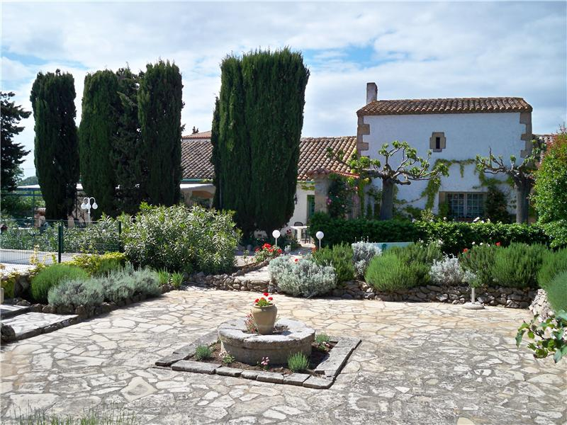 Multi-Family Home for Sale at NARBONNE PROPERTY BETWEEN SEA AND VINEYARD Narbonne, Languedoc-Roussillon 11000 France