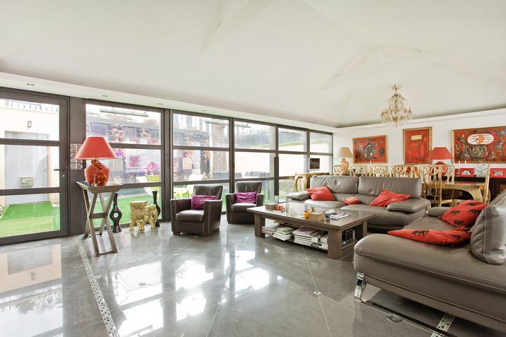 公寓 为 销售 在 Modern House with Spa - Lafitte Neuilly, 法兰西岛 92200 法国