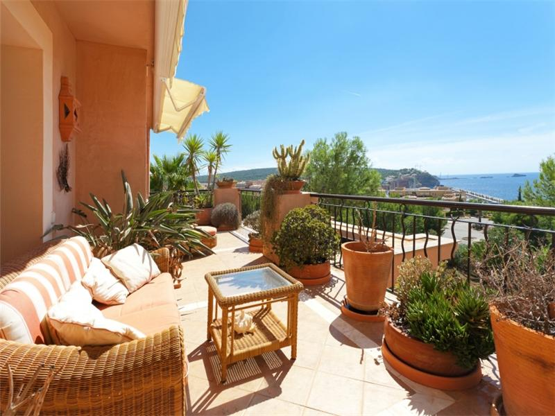 Property Of Immaculate Penthouse in Santa Ponsa