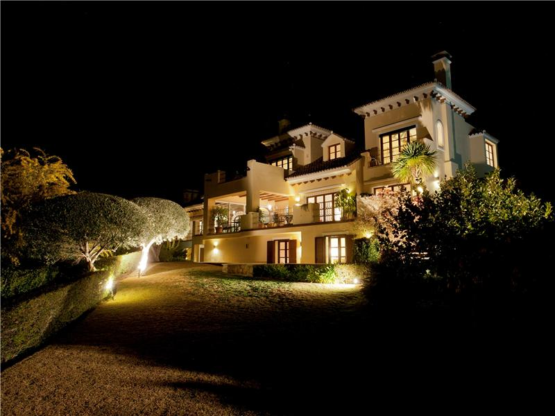 Property Of Spectacular and unique villa