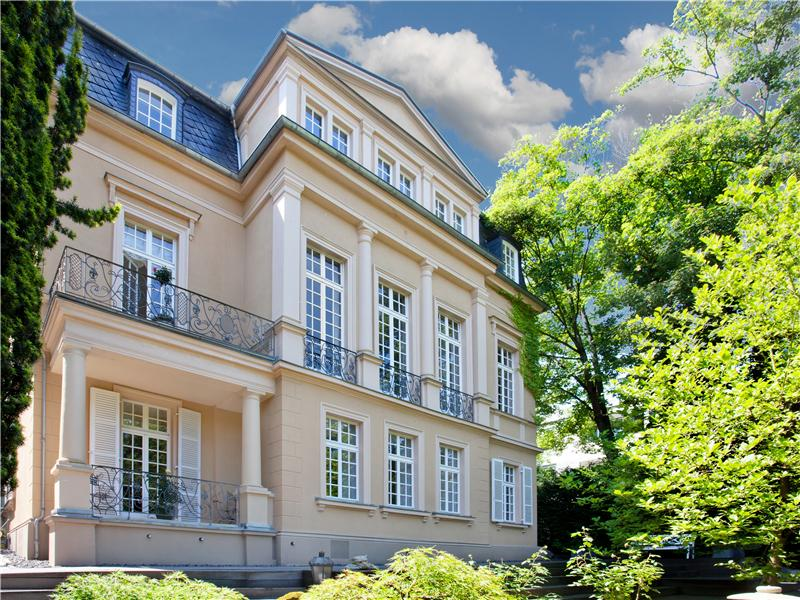 Moradia para Venda às Majestic Estate in Prime Location Wiesbaden, Hessen, 65193 Alemanha