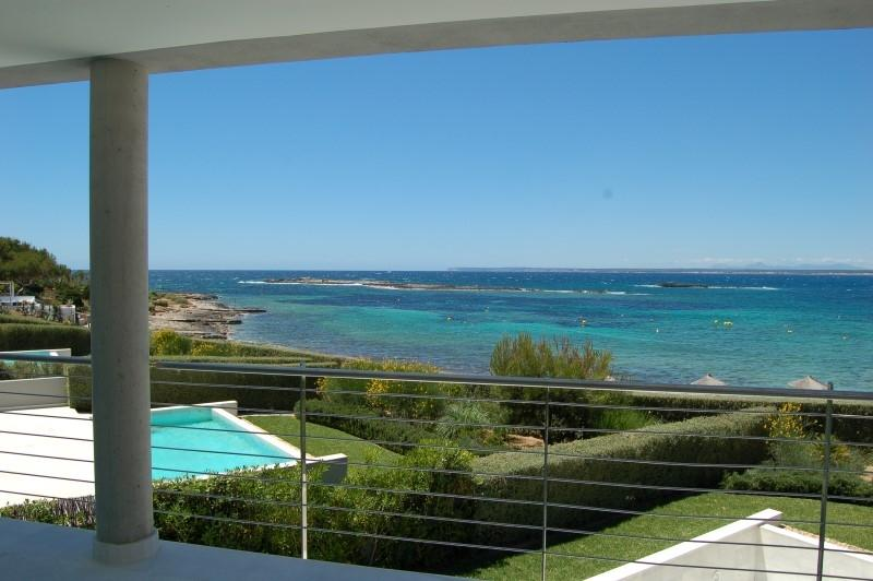 公寓 为 销售 在 Frontline Apartment at the beach of Es Trenc Colonia De Sant Jordi, 马洛卡, 07638 西班牙