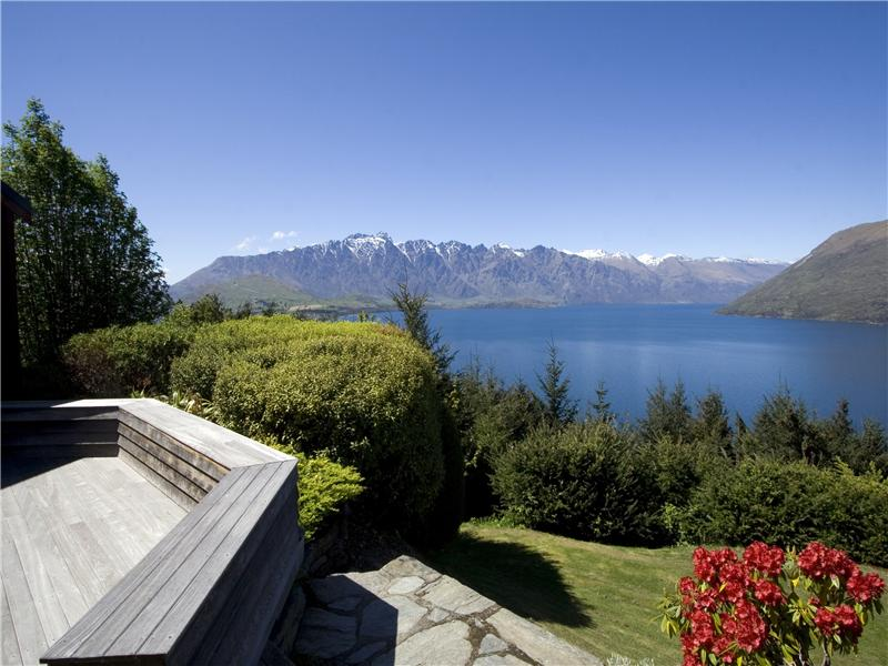 Property For Sale at Azur Lodge, Mackinnon Terrace, Queenstown
